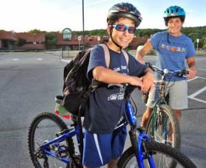 0_61_100109_bikes